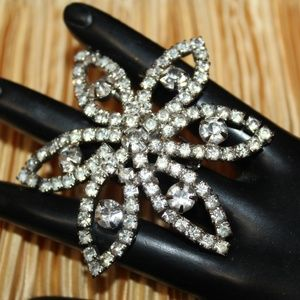 VTG DIAMANTE CRYSTALS RHINESTONES BROOCH